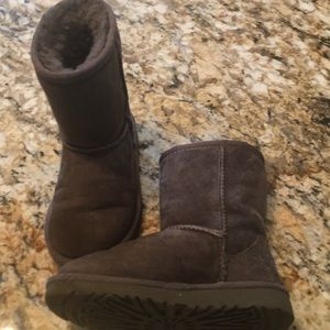Other - Girls Uggs size 10 gray